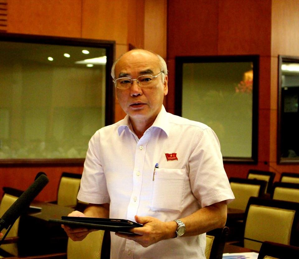 Đại biểu Phan Nguyễn Như Khuê phát biểu tại phiên thảo luận tổ chiều 11/7