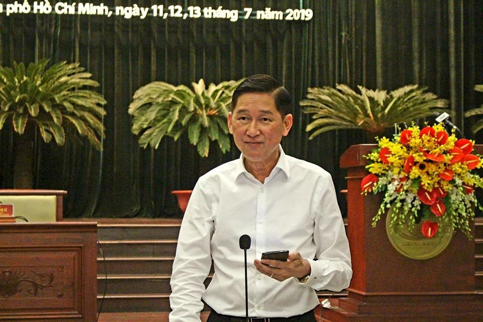 Đồng chí Trần Vĩnh Tuyến, Phó Chủ tịch UBND Thành phố chia sẻ, làm rõ thêm một số nội dung liên quan tới vấn đề xây dựng không phép, trái phép