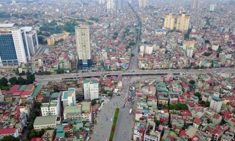 Cao ốc chen chúc, đường xá chật hẹp gây tắc nghẽn: Dân bức xúc, Hà Nội nói gì?