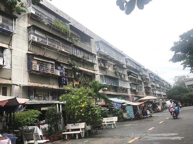 Hơn 1.300 cư dân ở chung cư Thanh Đa sẽ được di dời trong thời gian tới. Ảnh: Đ.TRANG