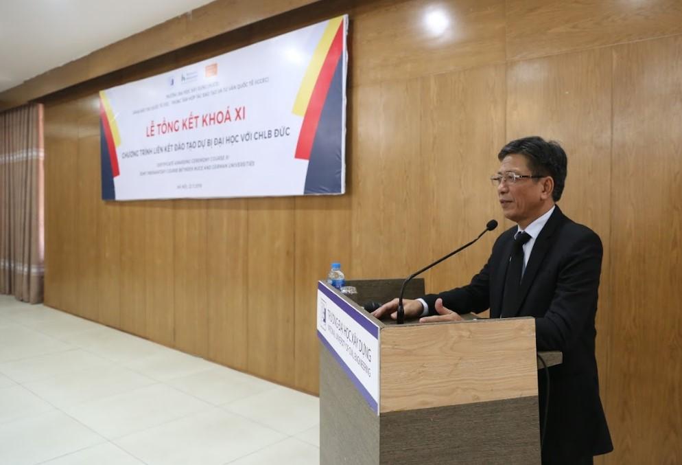 PGS.TS Phạm Duy Hòa - Hiệu trưởng Trường ĐHXD phát biểu tại buổi lễ