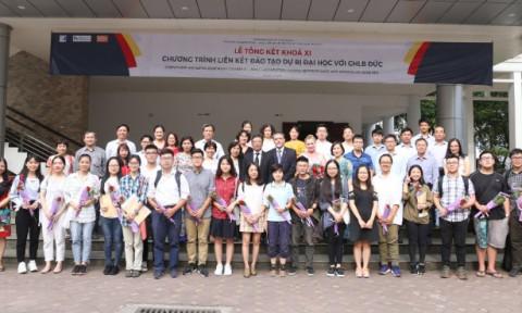 Lễ tổng kết và trao chứng chỉ cho sinh viên khoá XI Chương trình Liên kết Đào tạo Dự bị Đại học giữa trường ĐH Xây dựng (Việt Nam) và các trường Đại học tại CHLB Đức