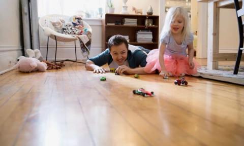 Cách sử dụng sàn nhựa giả gỗ sao cho lâu bền và sạch sẽ