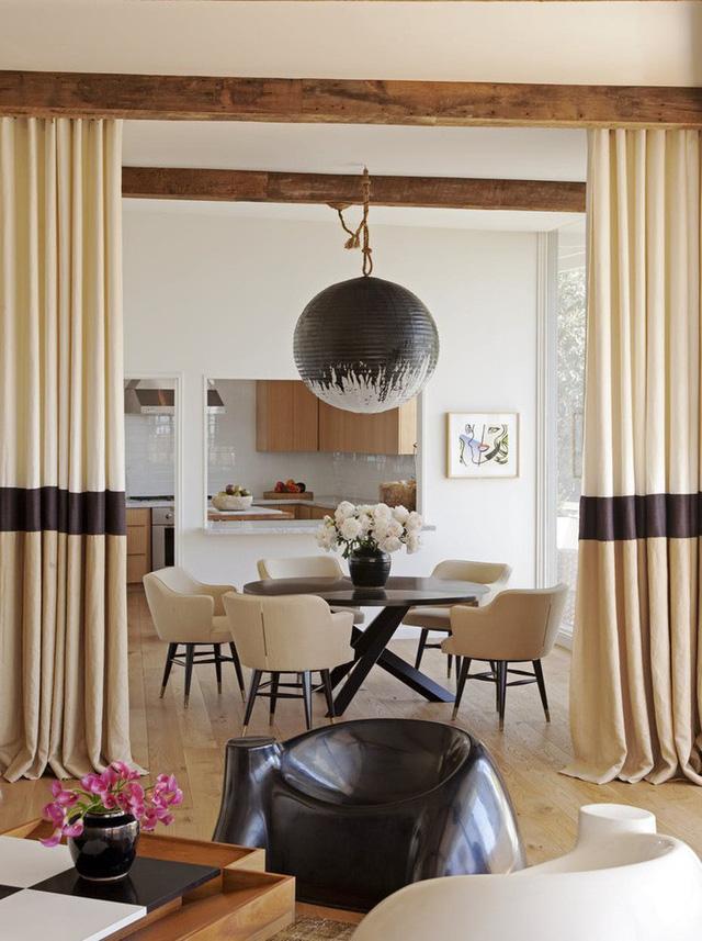 Mẫu đèn hình cầu đầy ấn tượng mà bạn cũng có thể tự mình tạo ra để trang trí không gian sống gia đình