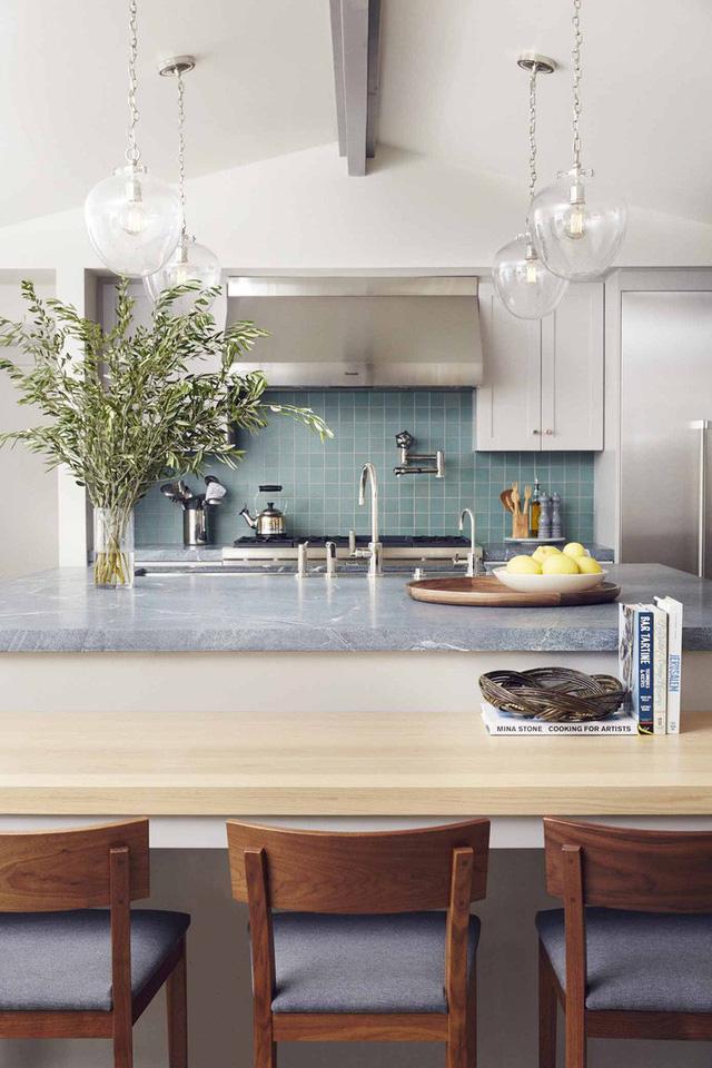 Một mẫu đèn hình cầu dễ dàng kết hợp và làm đẹp cho không gian sinh hoạt gia đình là món phụ kiện mà bạn không nên bỏ qua