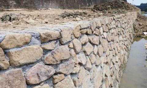 Khắc phục thiếu sót trong tu bổ, tôn tạo… bờ kè Kinh thành Huế