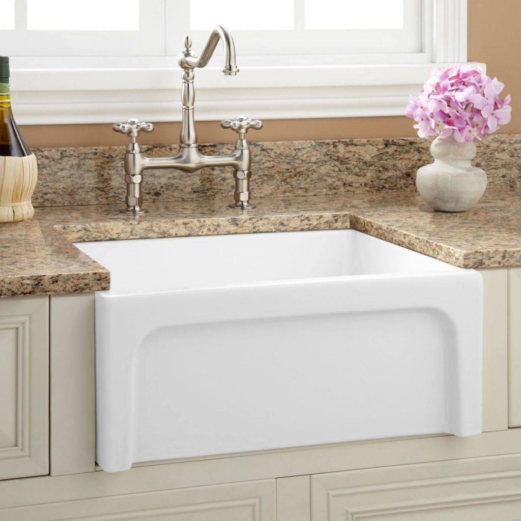 Sứ tráng men là vật liệu phổ biến nhất cho bồn rửa mặt tại các hộ gia đình hiện nay