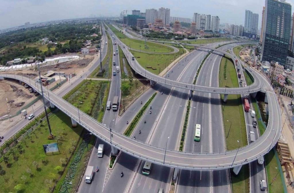 """Không thể """"làm một cây cầu 200 tỷ đồng mà giao miếng đất 2.000 tỷ đồng"""". (Ảnh minh họa)."""