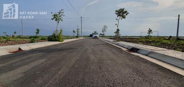 Trong đó, các dự án pháp lý rõ ràng, đặc biệt là các dự án nằm trong lõi trung tâm của dự án sân bay Long Thành như khu vực Tân Hiệp, Bàu Cạn được giới đầu tư săn đón. Ảnh: Hạ Vy