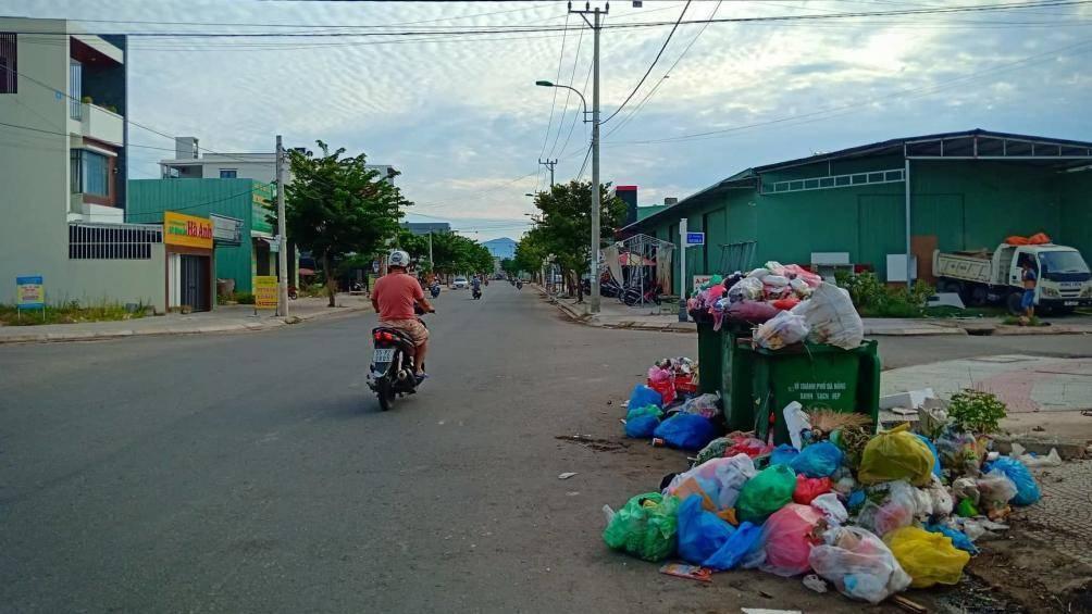 Lựa chọn cộng nghệ xử lý rác thải nào để triển khai tại bãi rác Khánh Sơn đang là vấn đề được dư luận xã hội hết sức quan tâm