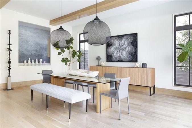 Một căn phòng ăn xanh mát, dễ chịu thoải mái là mong muốn của không ít gia đình