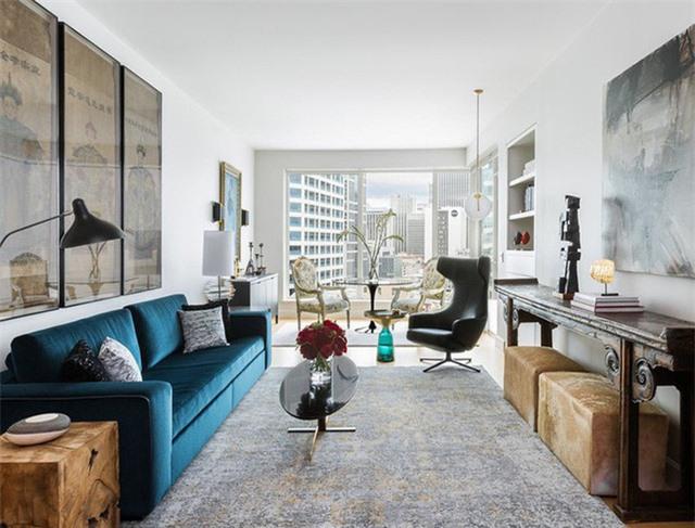 Được sinh hoạt trong không gian phòng khách có gam màu yêu thích sẽ luôn làm bạn cảm thấy hài lòng và kéo dài thời gian hài lòng ấy hơn bất kì gam màu nào khác.