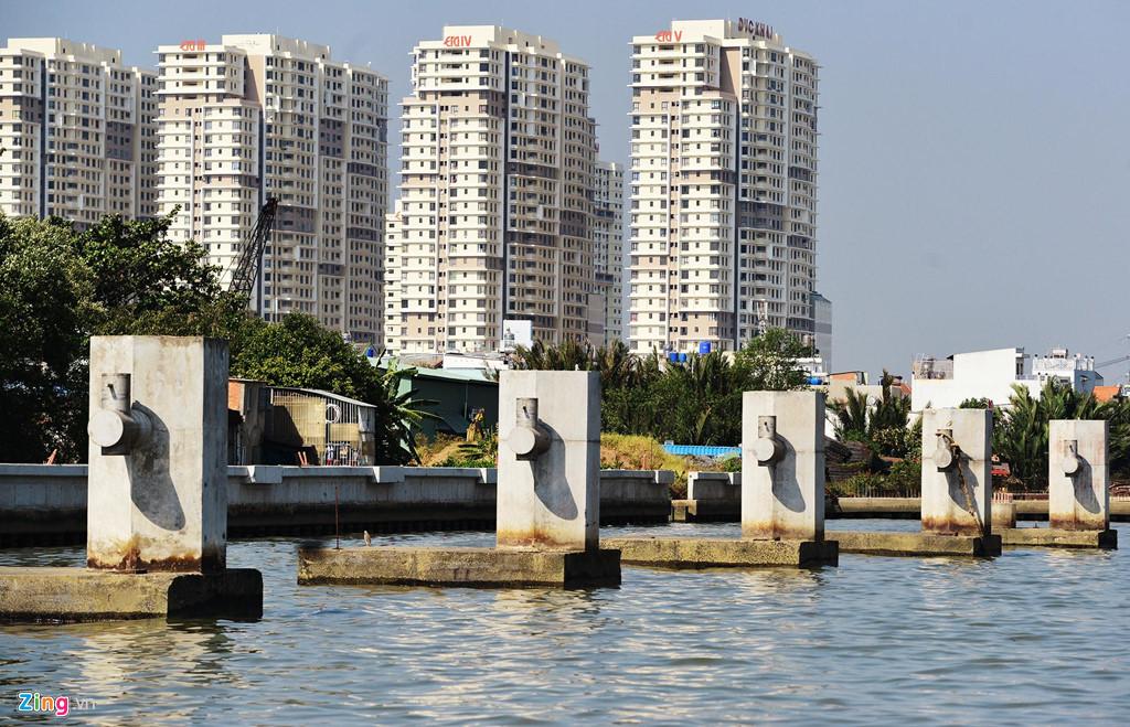 Bộ Chính trị yêu cầu khẩn trương hoàn thành các công trình chống ngập đang thi công ở TP.HCM. Ảnh: Lê Quân.