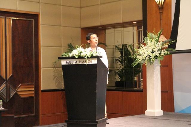 TS Vũ Thành Trung - Viện Khoa học Công nghệ (Bộ Xây dựng) đã trình bày các vấn đề và biện pháp giảm nhẹ thiên tai  của Việt Nam