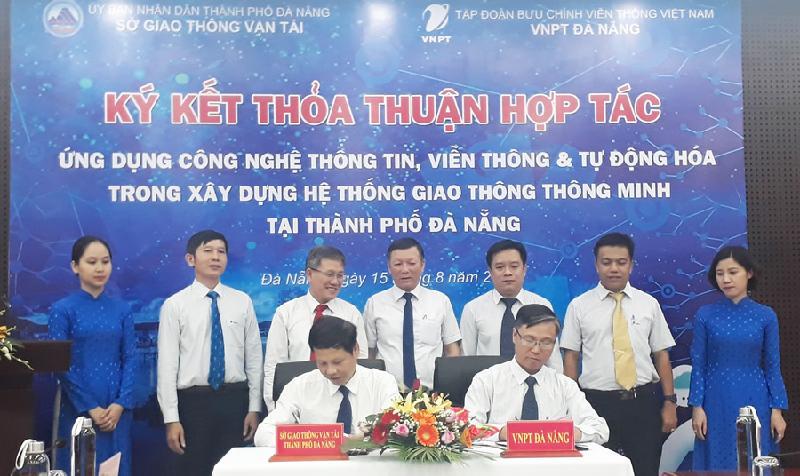 Lễ ký kết hợp tác giữa Sở GTVT và VNPT Đà Nẵng