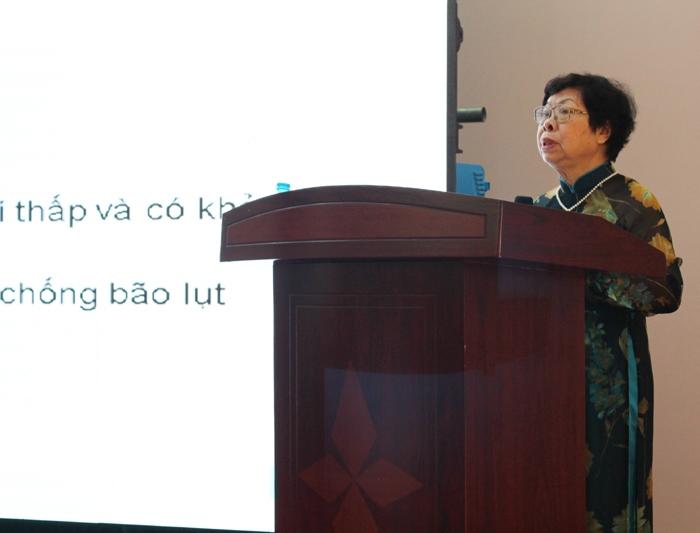 PGS.TS Vũ Thị Vinh – Trưởng Ban tổ chức công bố thể lệ cuộc thi