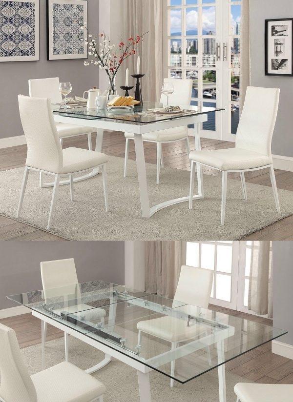 Chiếc bàn ăn với thiết kế mặt kính sang trọng, lại có thể mở rộng và thu nhỏ theo ý muốn quả là món đồ nội thất mà gia đình nào cũng muốn sở hữu