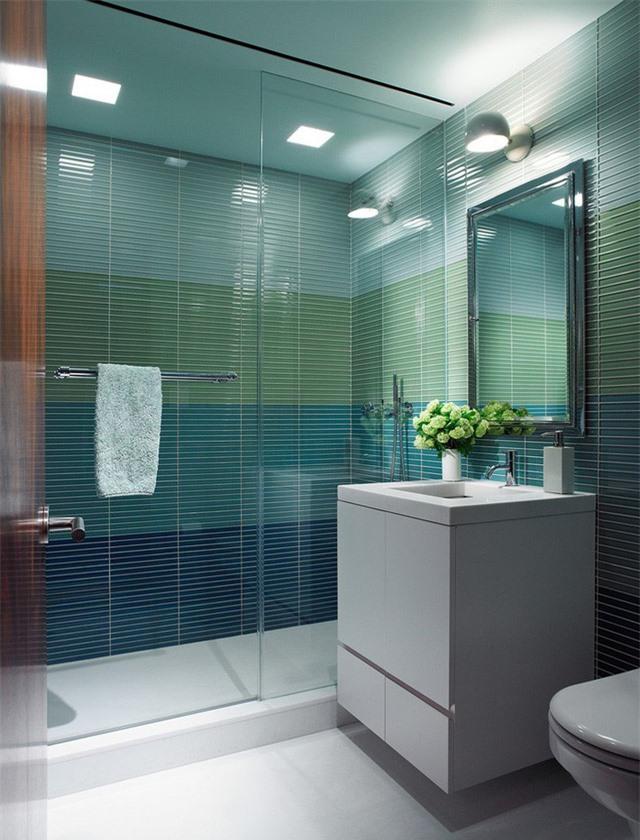 Hy vọng rằng những gợi ý trên đây đã giúp bạn có được lựa chọn tốt nhất khi sử dụng gam màu xanh lam cho căn phòng tắm của gia đình