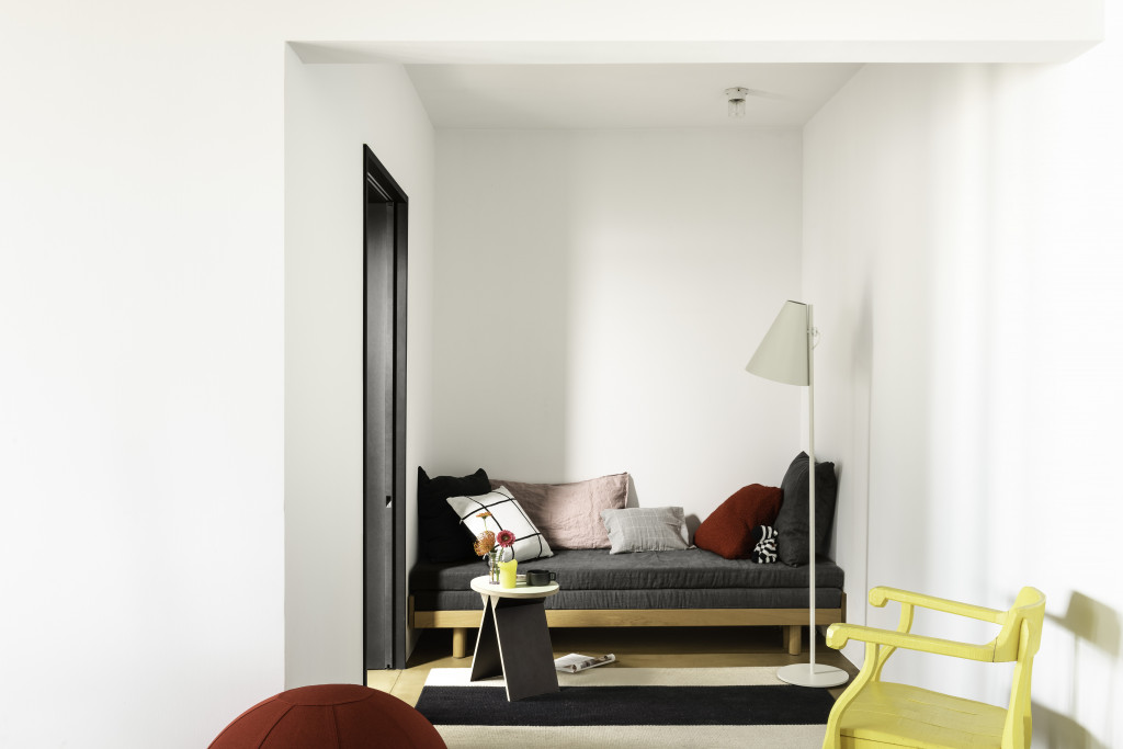 Dulux-Colour-Futures-Colour-of-the-Year-2020-A-home-for-play-Livingroom-Inspiration-Global-78UP