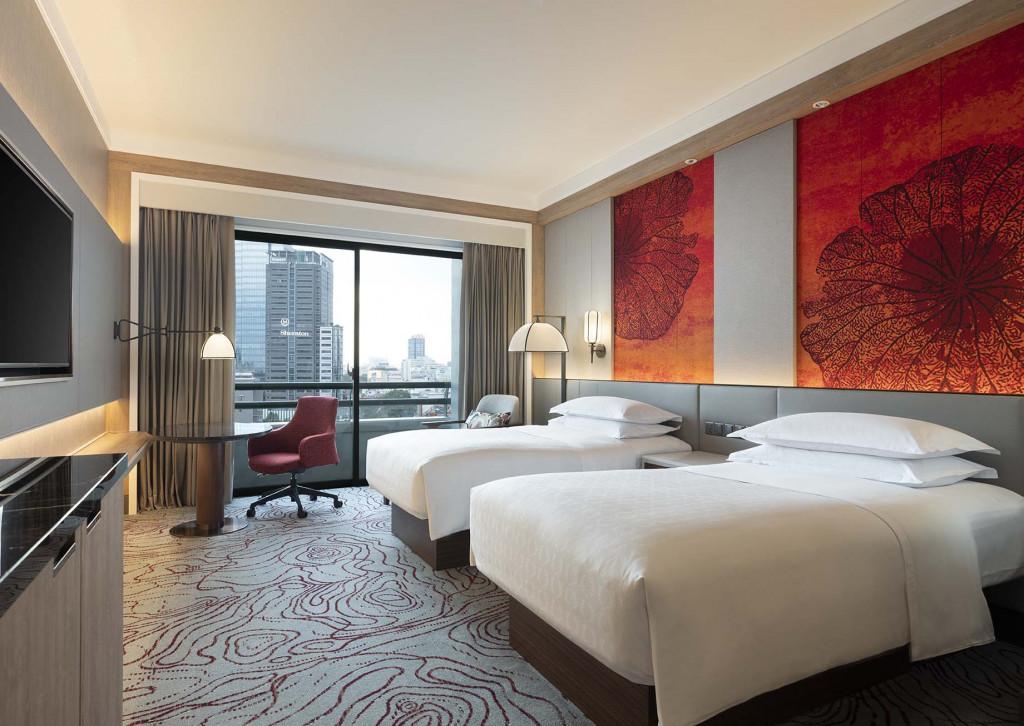 Phòng được thiết kế mới với tông màu nổi bật mang lại sự sang trọng và ấm áp