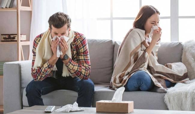 Máy lọc không khí giúp người dùng hạn chế lượng lớn bụi bẩn và vi khuẩn có trong không khí trong nhà