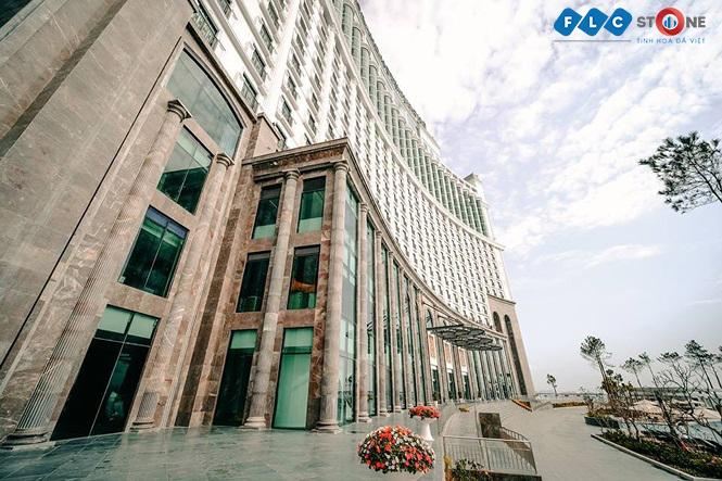 Đá tự nhiên FLC STONE nâng tầm kiến trúc nội và ngoại thất của Khách sạn FLC Grand Hotel Hạ Long