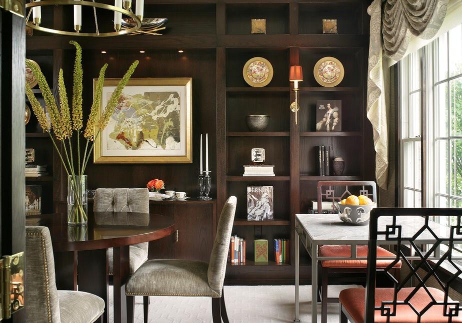 Thiết kế giá sách thích hợp với những gia đình yêu thích phong cách mang hơi hướng cổ điển