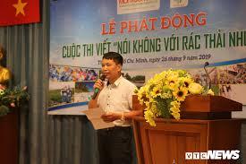Nhà văn, Đại tá Đặng Vương Hưng - Phó Tổng biên tập Tạp chí điện tử Môi trường và Đô thị Việt Nam