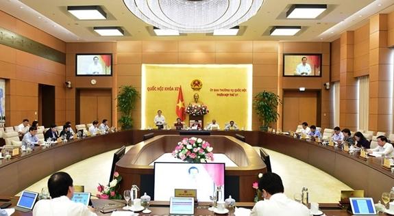 Toàn cảnh phiên họp chiều 18-9. Ảnh: Quốc hội.