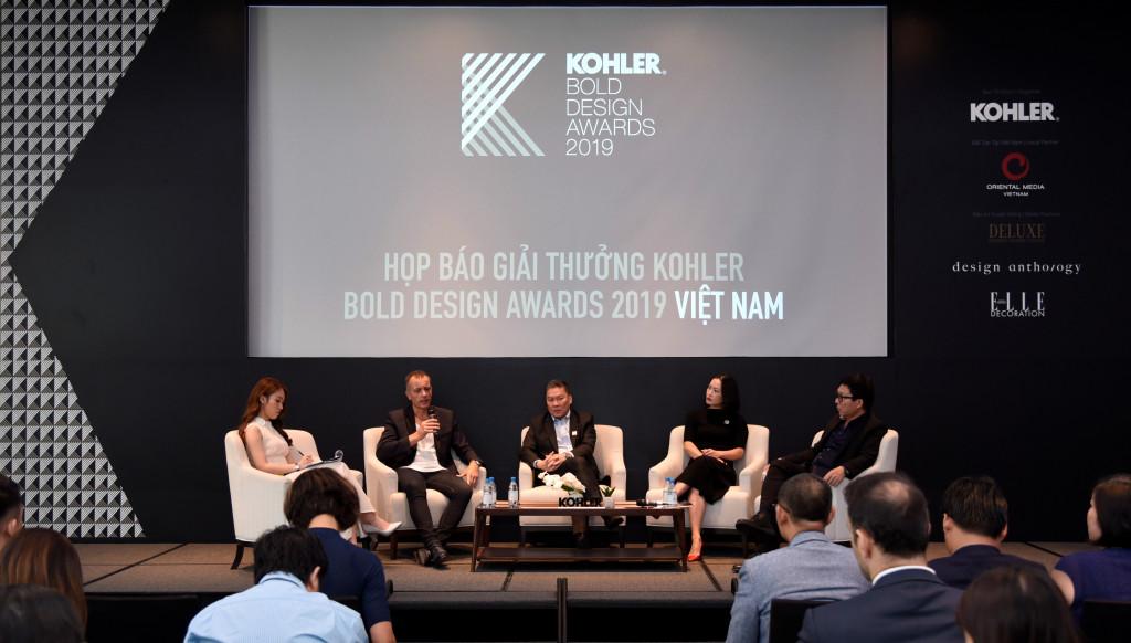 Đại diện công ty Kohler và các giám khảo tại Việt Nam chia sẻ những thông tin liên quan đến giải thưởng thiết kế KOHLER Bold Design Awards 2019 Việt Nam
