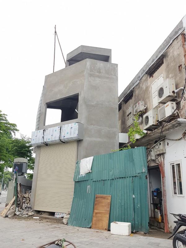 """Đường Nguyễn Đình chiểu kéo dài nằm giữa trung tâm quận Hai Bà Trưng xuất hiện ngôi nhà với hình thù """"quái dị"""" trên khu đất chỉ 20m2"""