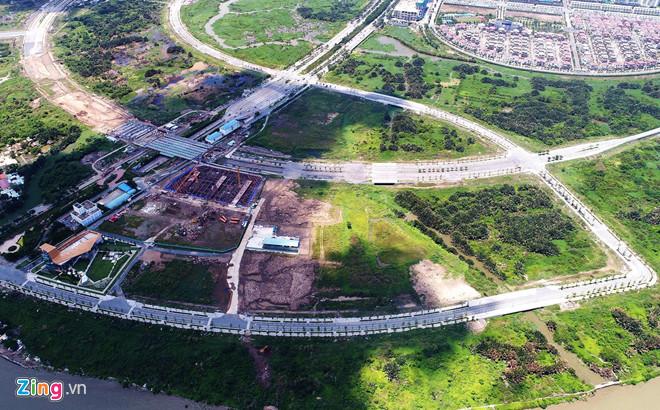 Bí thư TP.HCM nói 5 khu phố thuộc 3 phường nằm hoàn toàn trong ranh quy hoạch KĐTM Thủ Thiêm. Ảnh: Quang Huy.