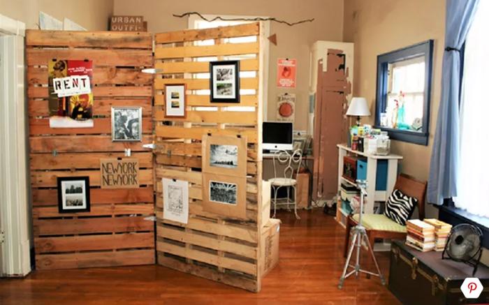 Chỉ mất chút thời gian với những thanh gỗ, bạn đã có một bức tường ngăn như ý, phù hợp với căn phòng của bạn.