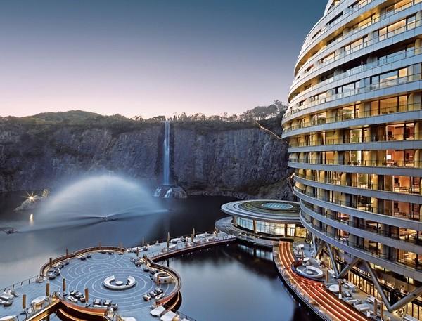 China subterranean hotel-7