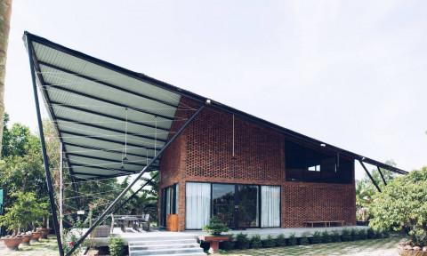 Ngôi nhà làng diều – Hình ảnh cánh diều yên bình giống như cái tên của nó giữa vùng nông thôn Đà Nẵng