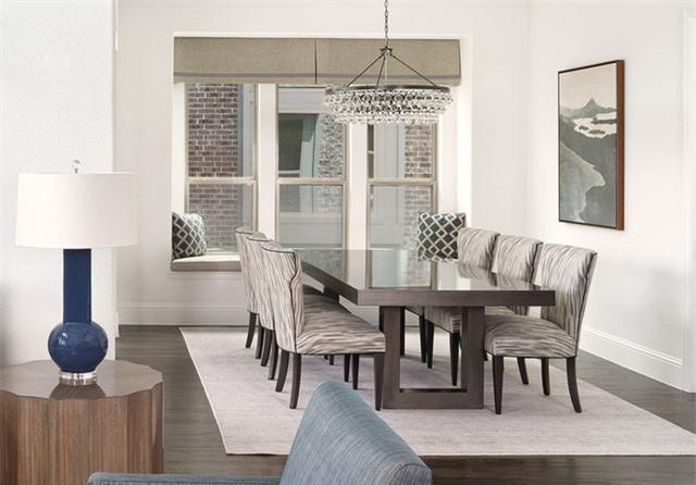 Một ưu điểm của những căn phòng ăn có sắc trắng chủ đạo là tạo được ảo giác căn phòng rộng rãi hơn diện tích thực tế