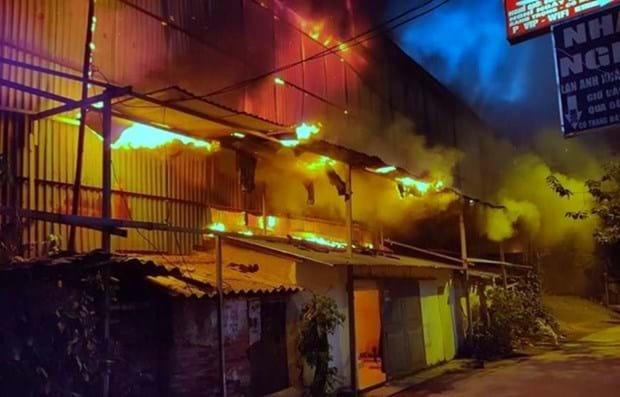 Hiện trường vụ cháy Rạng Đông, tại phường Hạ Đình, quận Thanh Xuân, Hà Nội. Nguồn ảnh: Vietnam+