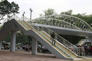 Hà Nội: Cuối năm 2019 có thêm 4 cầu vượt thép cho người đi bộ
