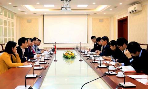 Thứ trưởng Nguyễn Văn Sinh tiếp Thứ trưởng Bộ MLIT Hideki HIRAI