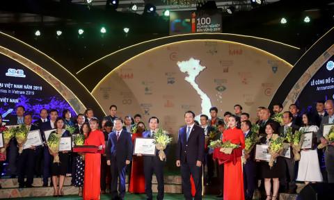 AkzoNobel tiếp tục được vinh danh trong danh sách 100 doanh nghiệp bền vững tại Việt Nam
