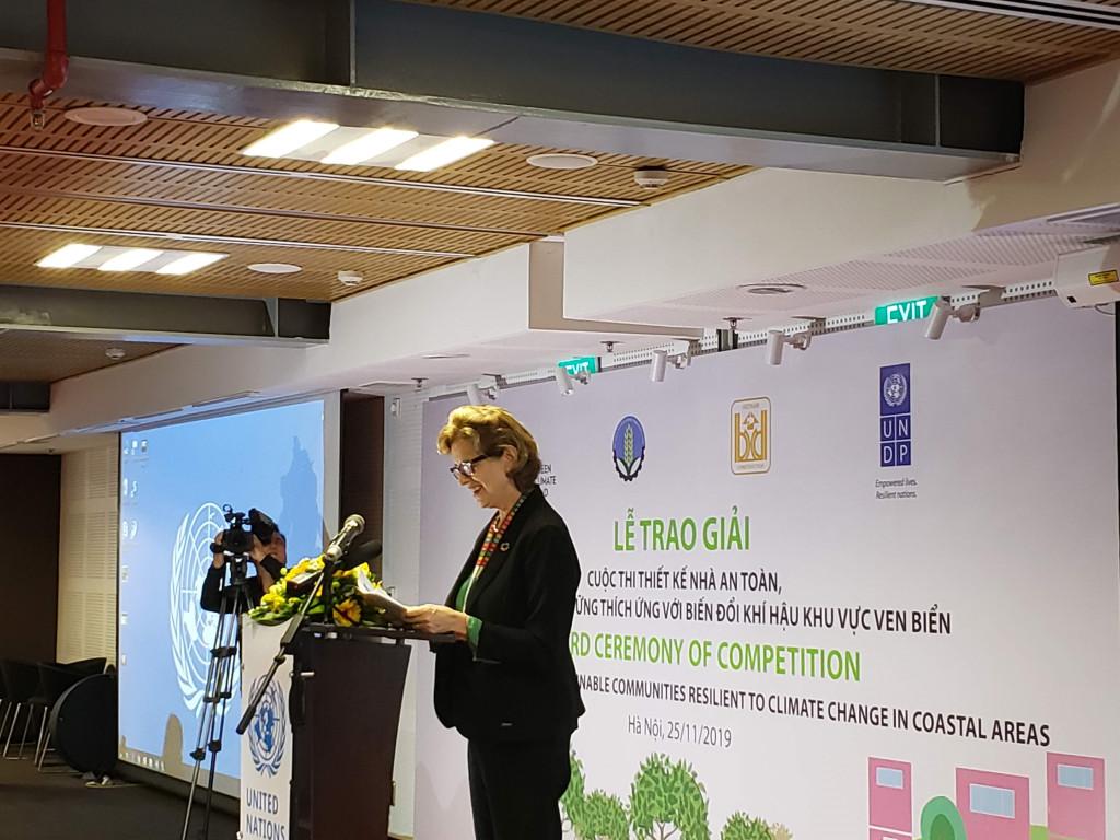 Bà Caitlin Wiesen - Trưởng đại diện thường trú UNDP tại Việt Nam