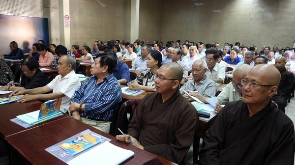 Có gần 150 học viên là những người thực hành di sản tham gia Lớp bồi dưỡng