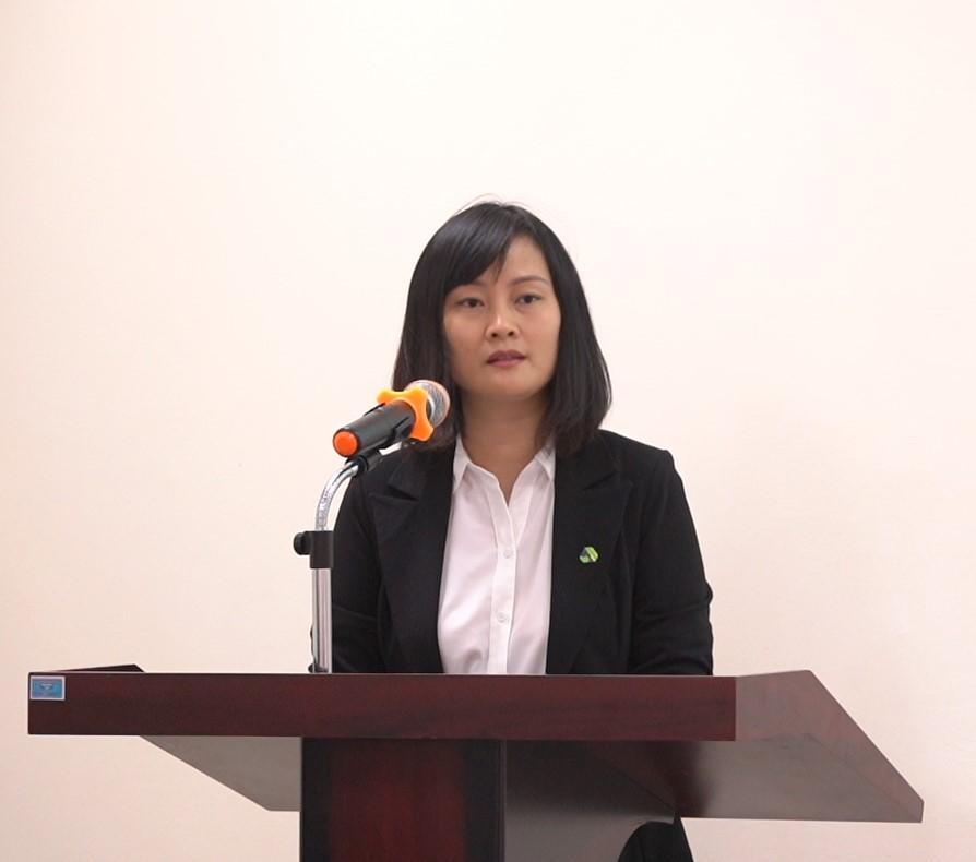 Bà Trần Thanh Phương – Phó Giám đốc Ban Kinh doanh, Tập đoàn An Phát Holdings phát biểu tại buổi lễ