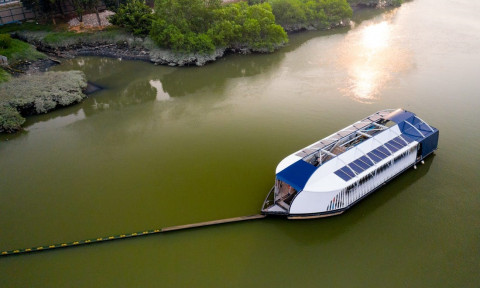 AkzoNobel hỗ trợ The Ocean Cleanup trong dự án thu dọn chất thải nhựa trên sông