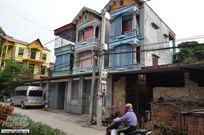 Những căn nhà ống ngay trong lõi của làng ở Bắc Ninh