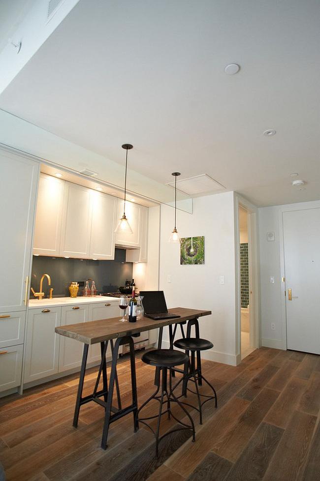Khu vực ăn sáng trong nhà bếp cũng có thể được sử dụng như văn phòng tại nhà