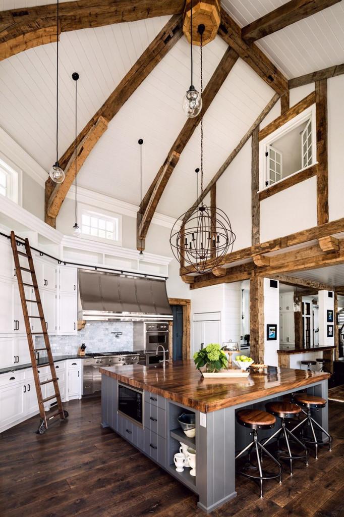 Từ những căn phòng bếp được thiết kế trần cao giúp cho không gian sinh hoạt trông rộng rãi hơn gấp bội
