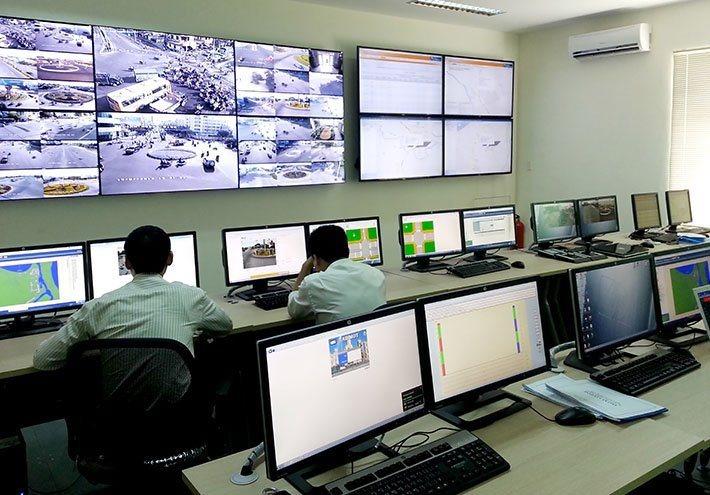 Bộ TT&TT khuyến nghị địa phương ưu tiên chọn doanh nghiệp trong nước có năng lực kỹ thuật và tài chính để đồng hành triển khai thí điểm dịch vụ đô thị thông minh (Ảnh minh họa: Internet)