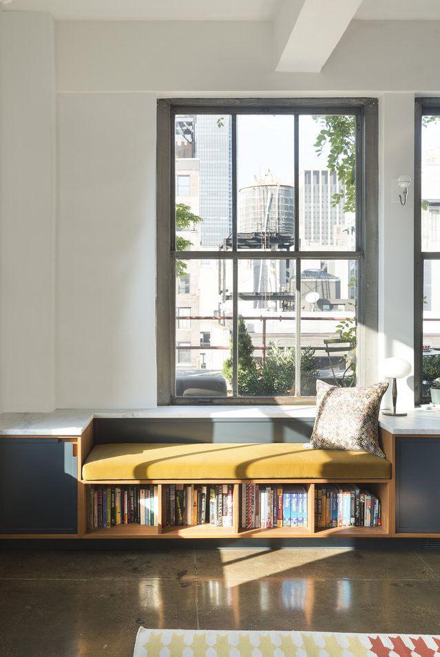 Điều duy nhất có thể khiến cho việc đọc sách trở nên mơ mộng hơn là lưu trữ sách tích hợp, như được minh họa trong thư viện được thiết kế bởi Studio DB