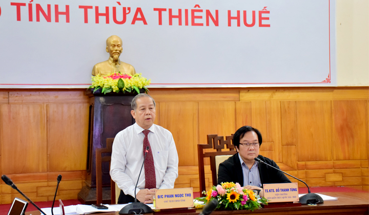 Viện trưởng Viện Kiến trúc Quốc gia Đỗ Thanh Tùng đồng chủ trì hội nghị